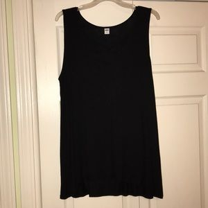 Sleeveless black t-shirt